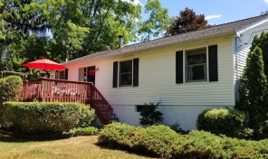 Well-maintained 3BR at Taconic Shores