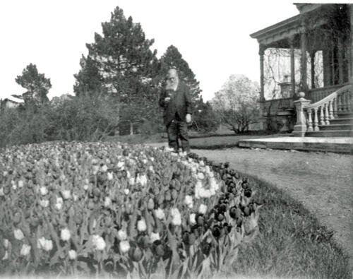 Henry Astor at his W. Copake home c. 1895 ? (Adrian Langdon Coll,)
